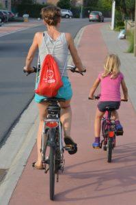 Fahrradspur Radweg Protected Bike Lanes Mobilitätsverhalten nachhaltige Mobilität